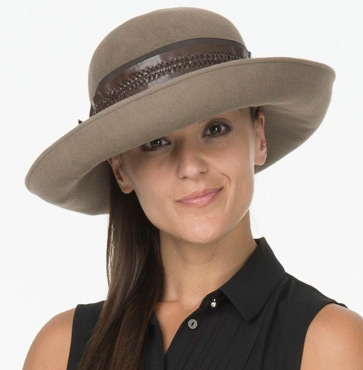 Fifth Season hosts Hat Show & Luncheon