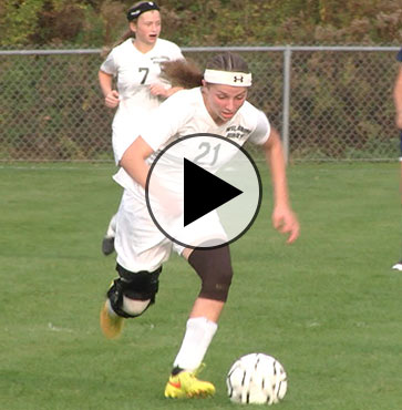 Lady Hornets top rivals on Senior Night