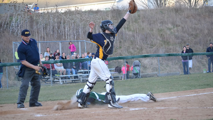 Hornets knock off undefeated Tigers in extras