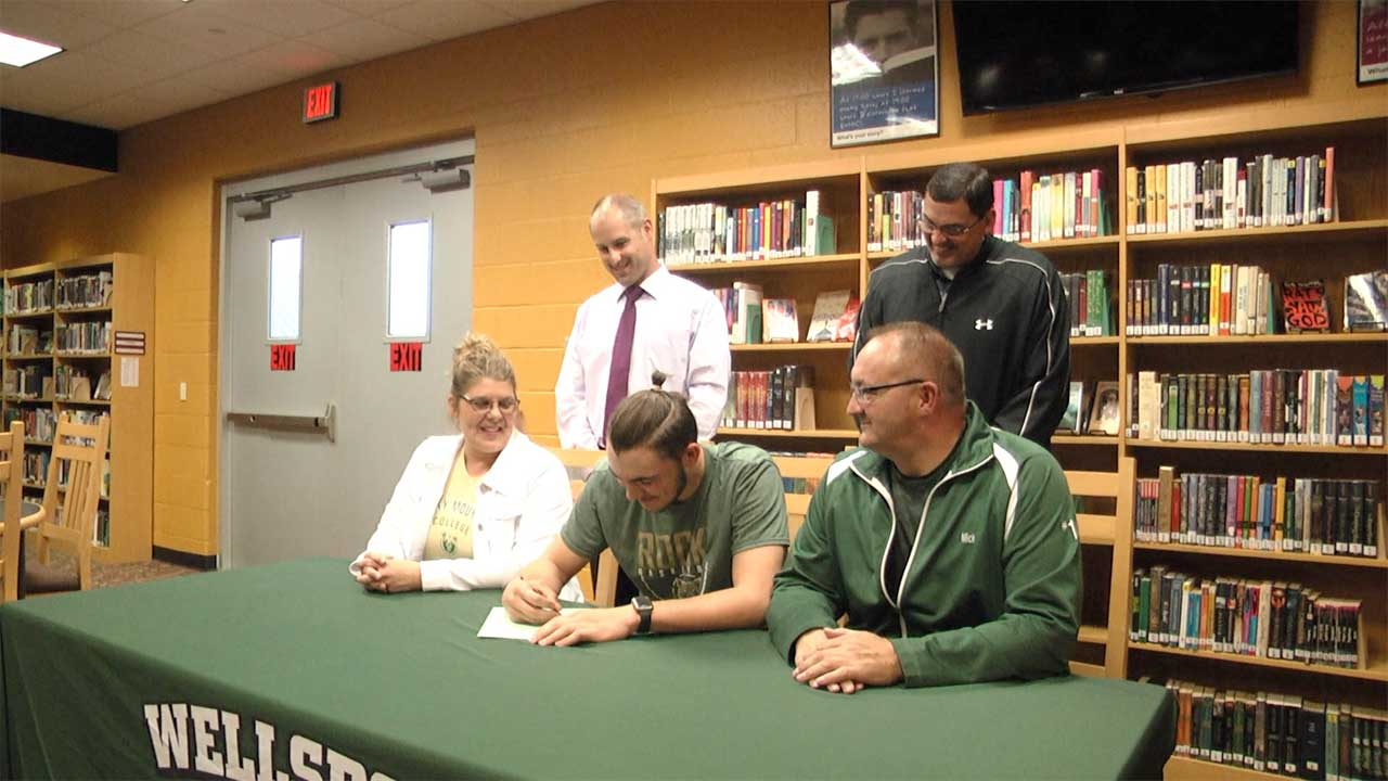 Tuttle continues basketball career