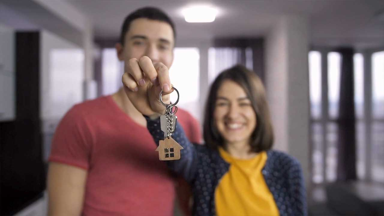 5 Smart Tips for Buying Your First Home