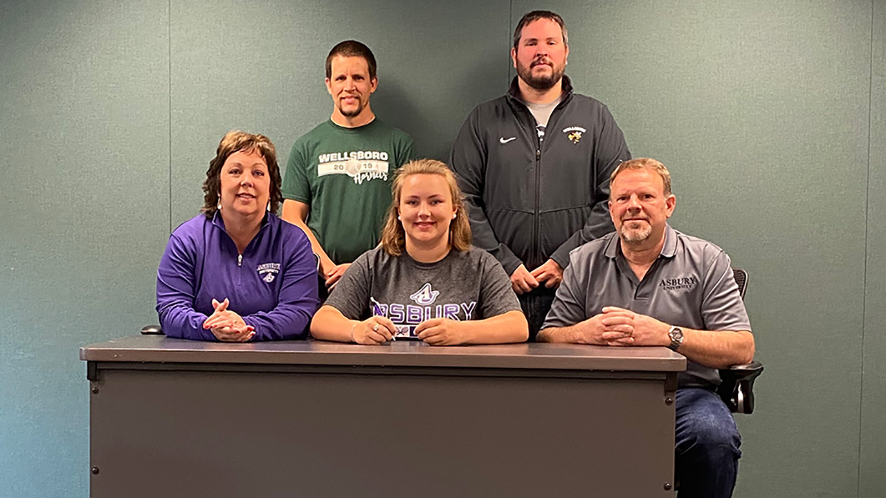 Colton Joins Asbury Tennis Team