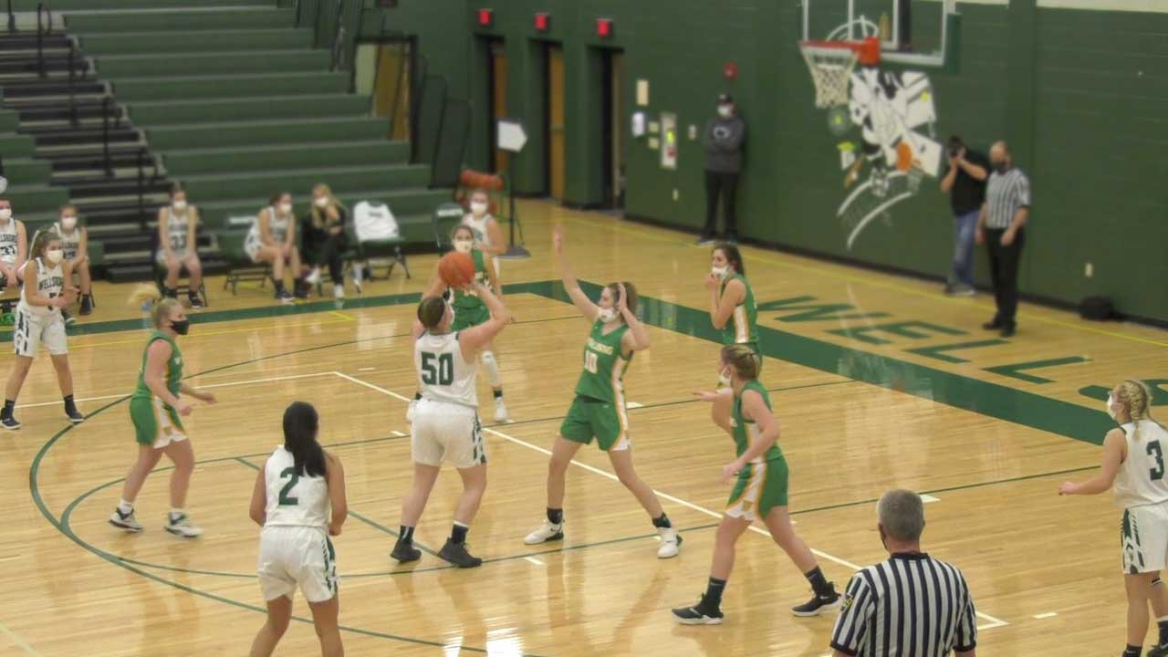 Lady Hornets fall to Wyalusing, 21-20