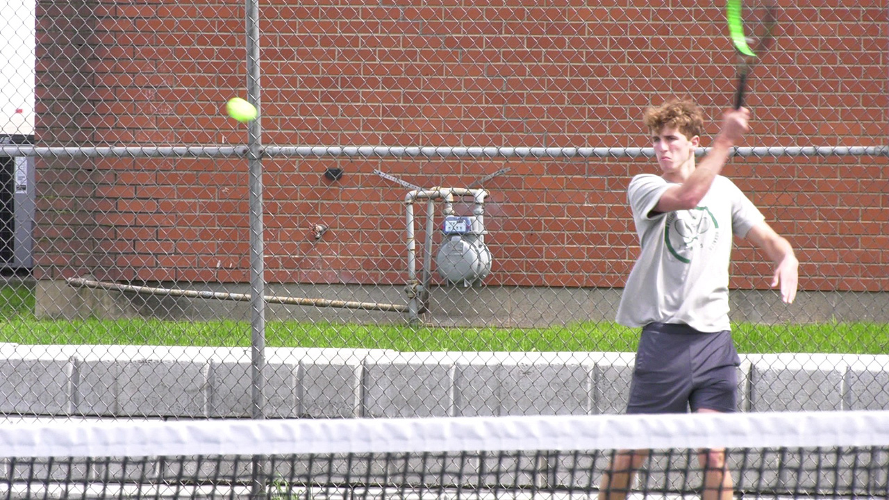 Hornets Top Milton in District IV Tennis Quarterfinals