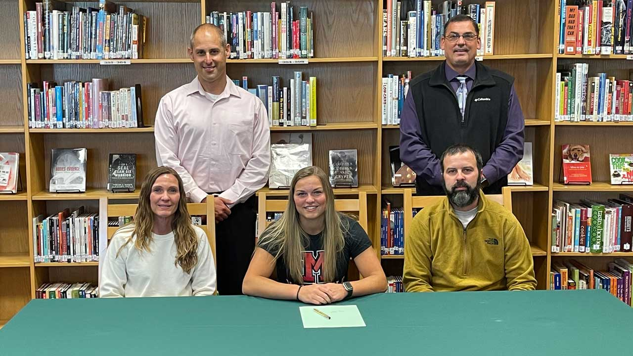 Clymer Signs With Mansfield University