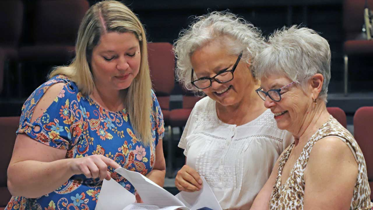 FOUR ATTEND SATURDAY, JUNE 26 HGWP DIRECTORS WORKSHOP; WOMEN INTERESTED IN DIRECTING A MONOLOGUE ASKED TO SIGN UP ON OR BEFORE JULY 31
