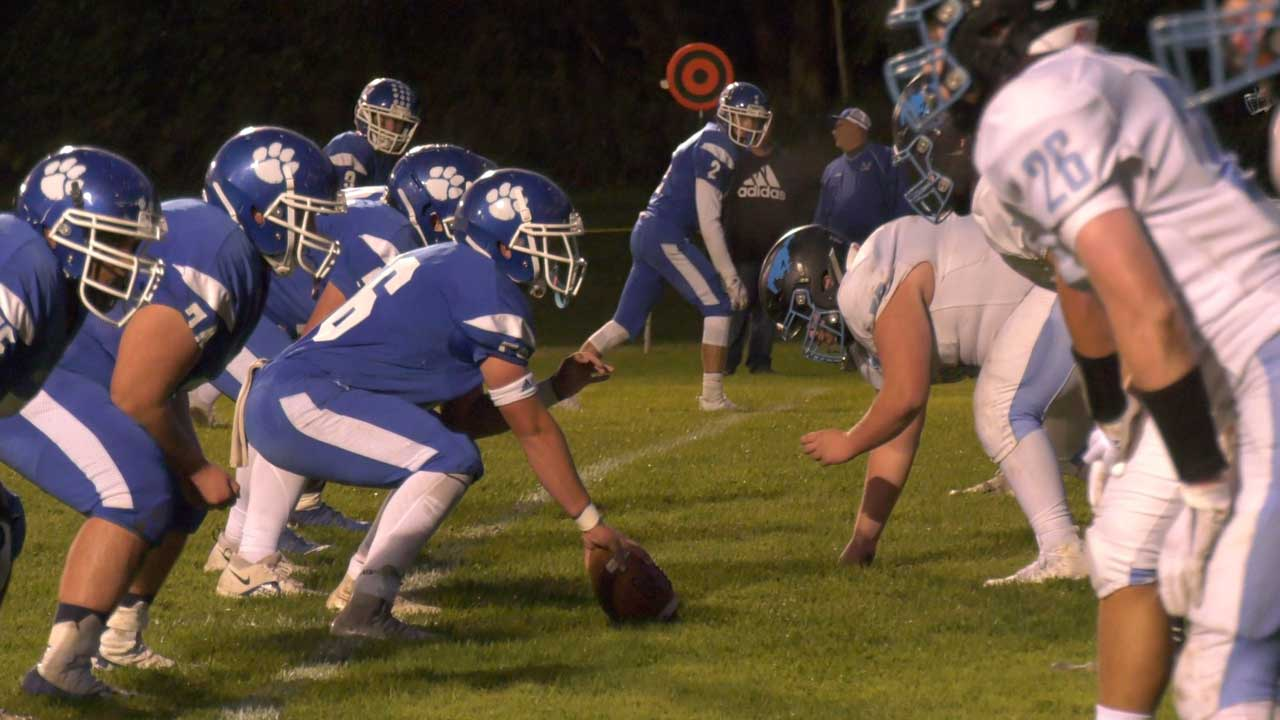 Panthers Down Midd-West, 35-14